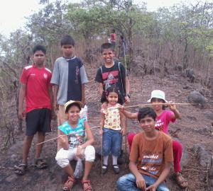 Trekking children